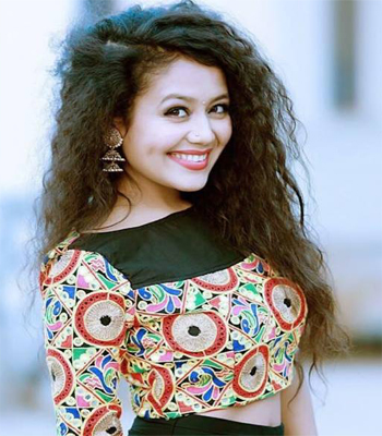 Neha Kakkar Profile | Contact details (Phone number, Email, Instagram)