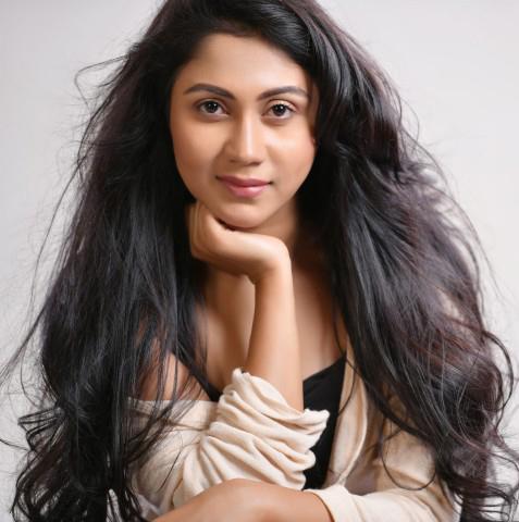 Misty Bhardwaj Profile | Contact details (Phone number, Email Id, Facebook, Instagram, Website Details)