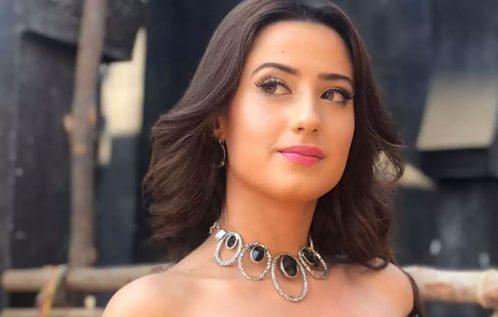 Aalisha Panwar Profile | Contact details (Phone number, Facebook, Instagram, Website Details)