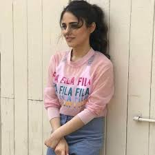 Radhika Madan Profile| Contact Details (Phone number, Instagram, Youtube, Facebook)