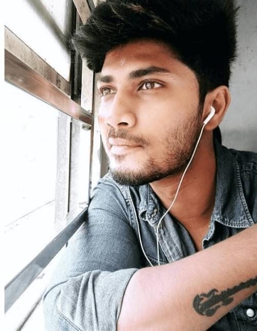 Akshay Kamal Profile| Contact Details (Phone number, Instagram, Twitter, Email Address)