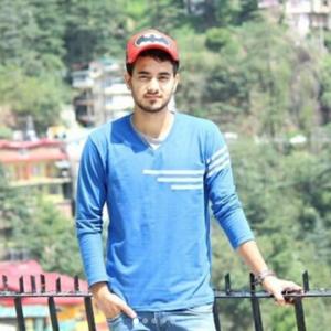 YesSmartyPie aka aka Hitesh Khangta Profile  Contact Details (Phone number, Instagram, Facebook, YouTube)