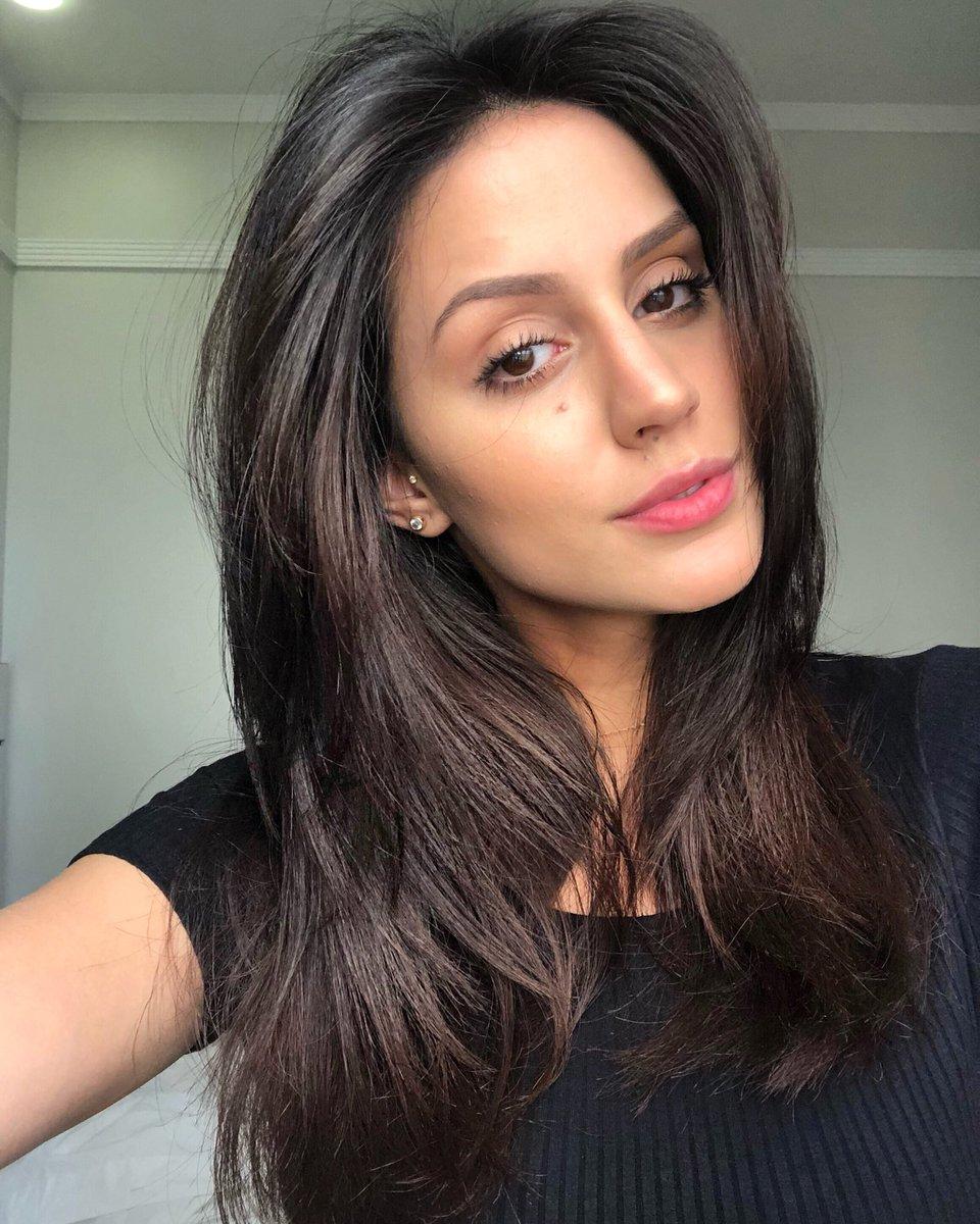 Larissa Bonesi Profile| Contact Details (Phone number, Instagram, Twitter, Facebook, Email)