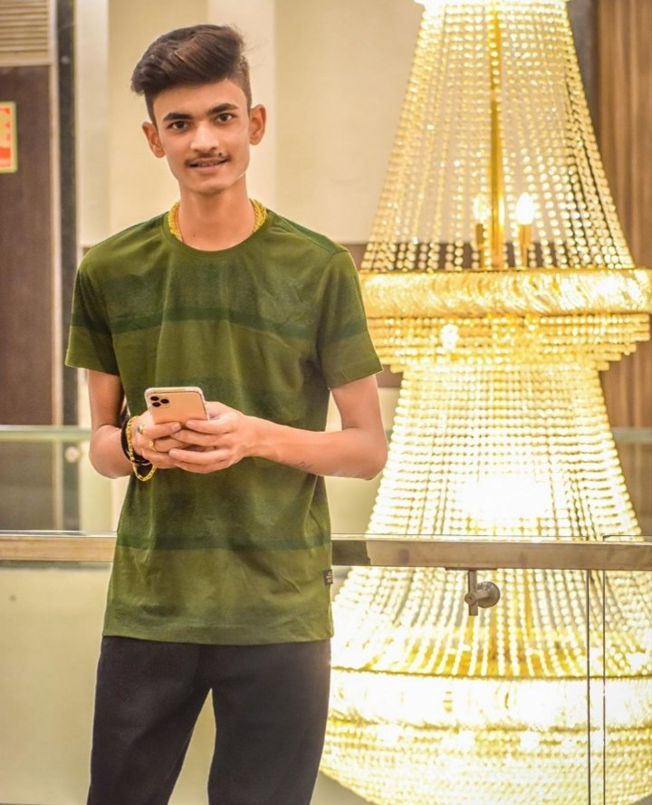 Anurag Dwivedi Profile| Contact Details (Phone number, Instagram, Facebook, YouTube, Email)
