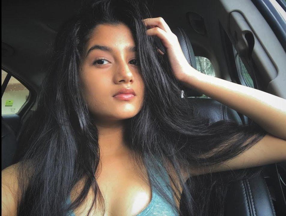 Mahek Thakur akaAshlesha Thaakur Profile  Contact Details (Phone number, Instagram, Facebook, Email address)