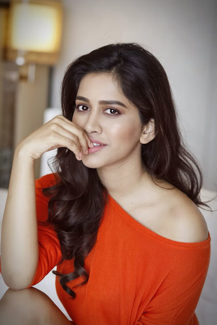 Nabha Natesh Profile| Contact Details (Phone number, Instagram, Twitter, Facebook, Email)