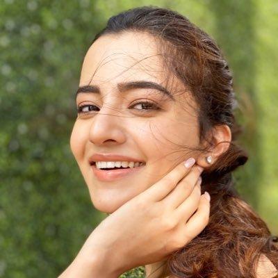 Rukshar Dhillon Profile  Contact Details (Phone number, Instagram, Twitter, TikTok, Facebook)