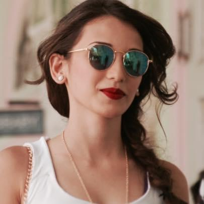 Heli Daruwala Profile | Contact details (Phone number, Email, Instagram)