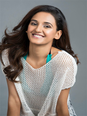 Shakti Mohan Profile | Contact details (Phone number, Instagram, Twitter, Email, Official Website)