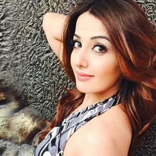 "Sonia Mann ""Choorhey Wali Bahh"" Model Profile | Contact details (Phone number, Instagram, Twitter, Facebook)"