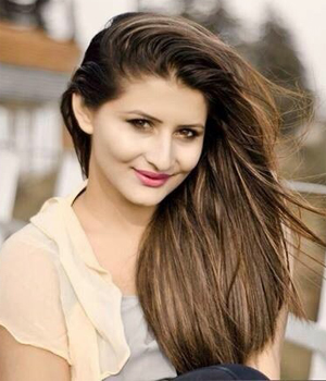 """Tanya Chauhan """"Snapchat"""" Song Model Profile 
