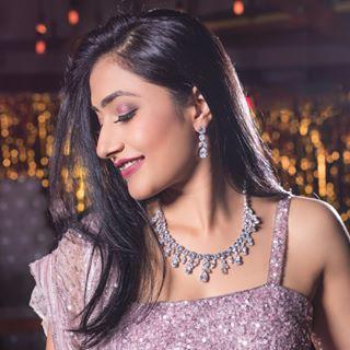 Dhanashree Verma Profile | Contact Details (Phone number, Facebook, Instagram, Email)
