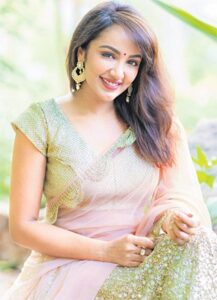 Tejaswi Madivada Profile| Contact Details (Phone number, Instagram, Facebook, Twitter)