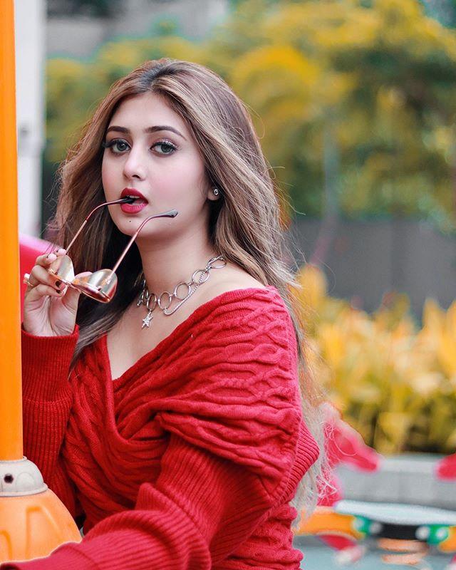 Sana Eslam Khan Profile| Contact Details (Phone number, Instagram, Facebook, YouTube, TikTok)