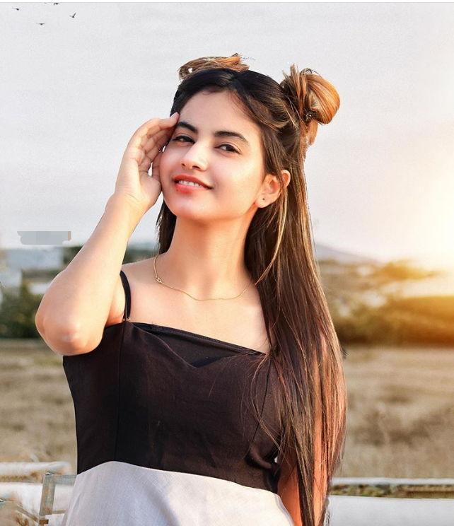 Piyanka Mongia Profile| Contact Details (Phone number, Instagram, Twitter, YouTube, TikTok)