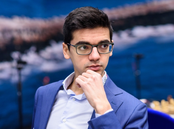 Anish Giri Profile| Contact Details (Phone number, Instagram, Twitter, YouTube, Email Address)