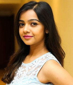 Nitya Shetty Profile  Contact Details (Phone number, Instagram, Twitter, Facebook, Email )