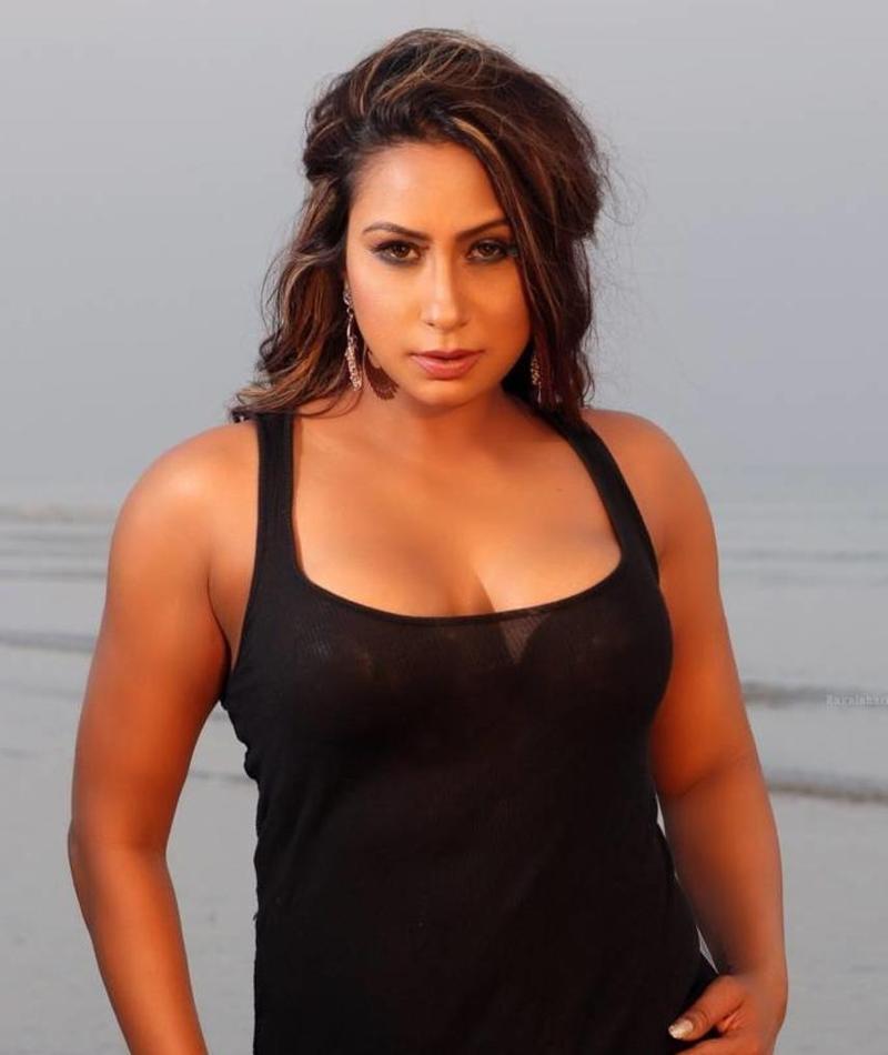 Kamalika Chanda Profile  Contact Details (Phone number, Instagram, Twitter, Facebook)