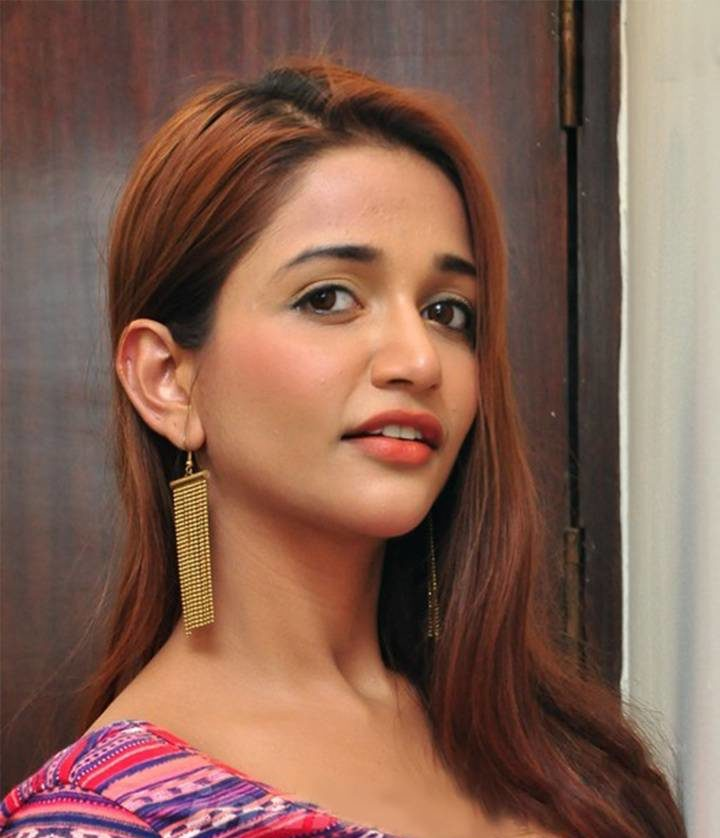 Anaika Soti Profile  Contact Details (Phone number, Instagram, Twitter, Facebook Email address)