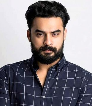 Tovino Thomas Profile  Contact Details (Phone number, Instagram, Facebook, Twitter, Email)