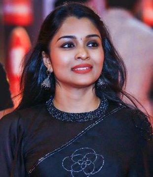 Vinitha Koshy Profile| Contact Details (Phone number, Instagram, YouTube, Facebook, Email address)