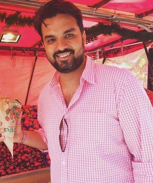 Gautam Kitchlu Profile| Contact Details (Phone number, Instagram, Email Address)